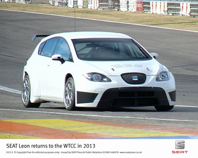 SEAT_Leon_returns_to_WTCC_in_2013_SEAT_41261