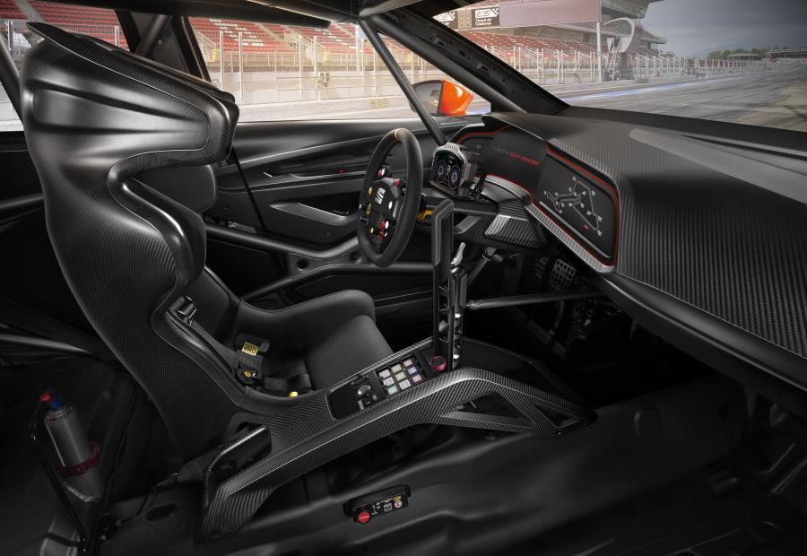 SetRatioSize900650-Leon-Cup-Racer03