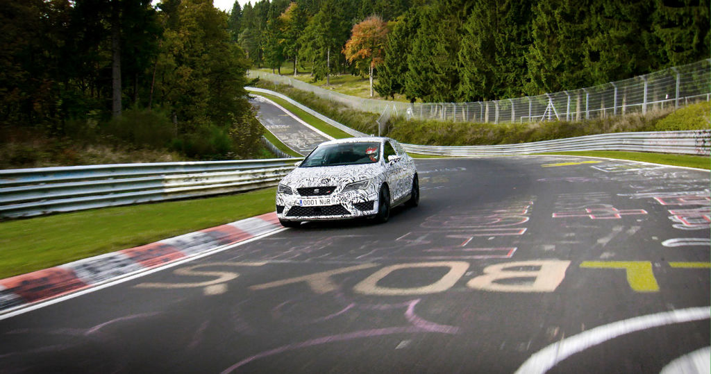SEAT-Leon-Cupra-280-Nurburgring-On-Track-
