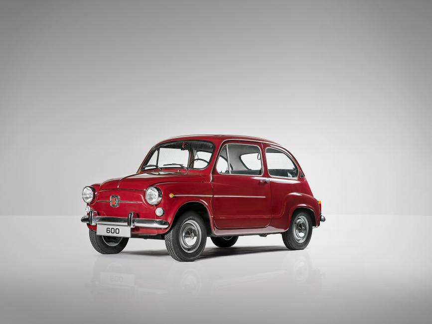 The legendary SEAT 600 launched in 1957, a key model of the country's automotive heritage