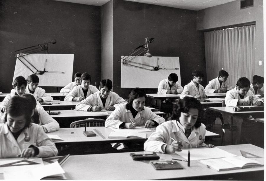 Students in the first years of SEAT's Apprentice School
